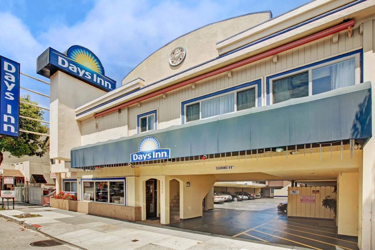 Days Inn San Francisco - Lombard in  South San Francisco,  California