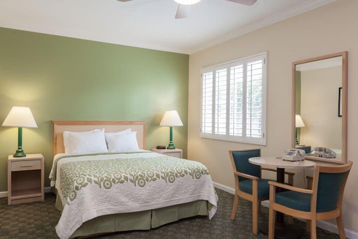 Guest room at the Days Inn Santa Barbara in Santa Barbara, California