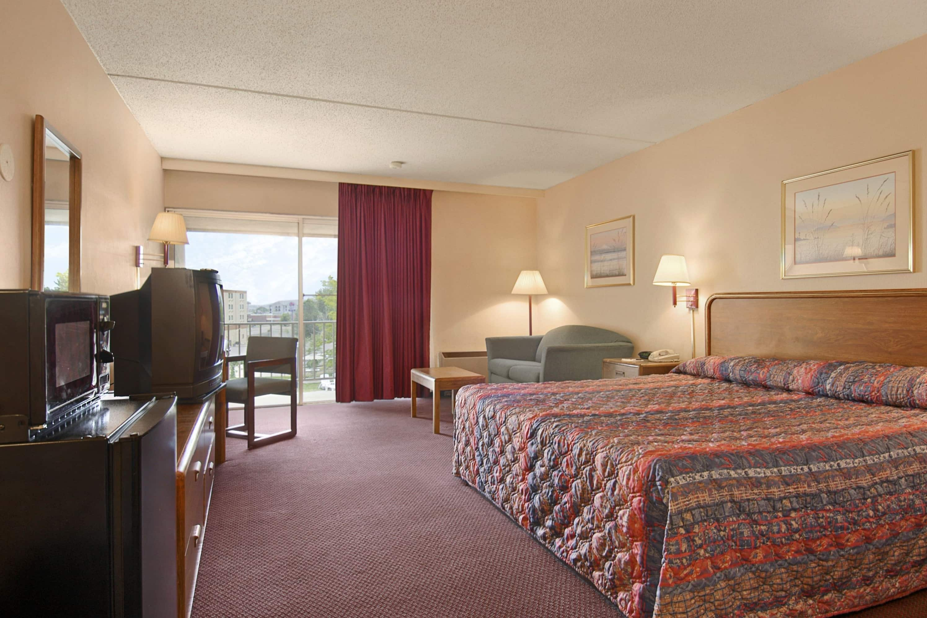 Days Inn Colorado Springs/Garden of the Gods suite in Colorado Springs, Colorado