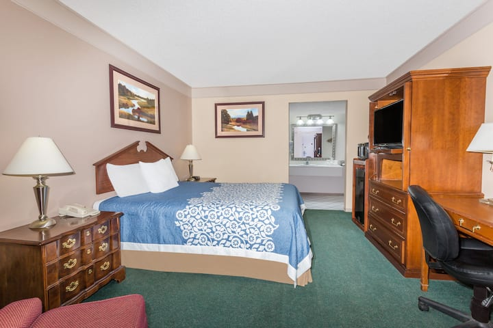 Guest room at the Days Inn Delta CO in Delta, Colorado