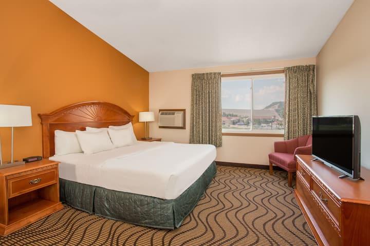Days Inn Silverthorne suite in Silverthorne, Colorado