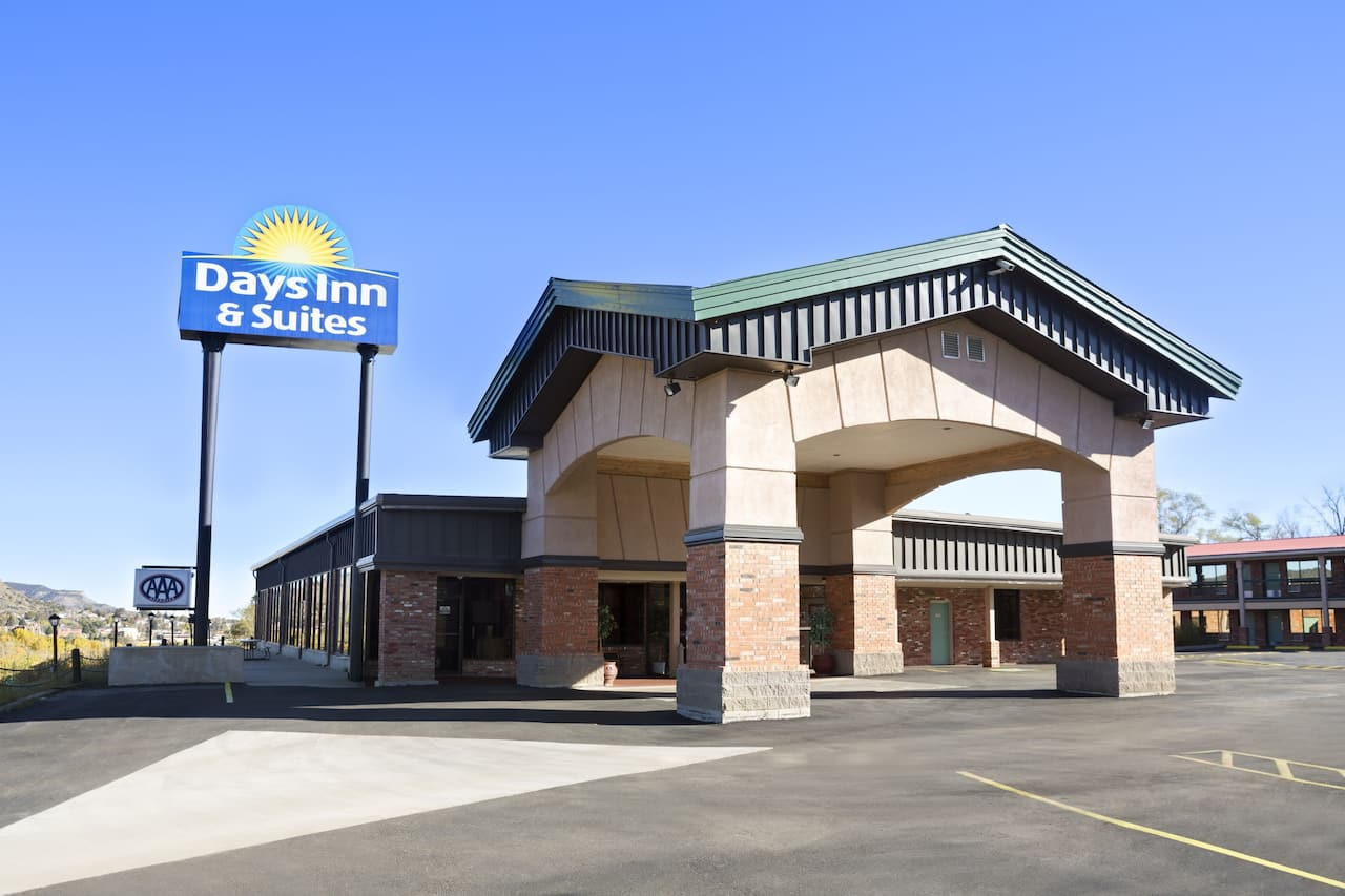 Days Inn & Suites Trinidad in  Raton,  New Mexico