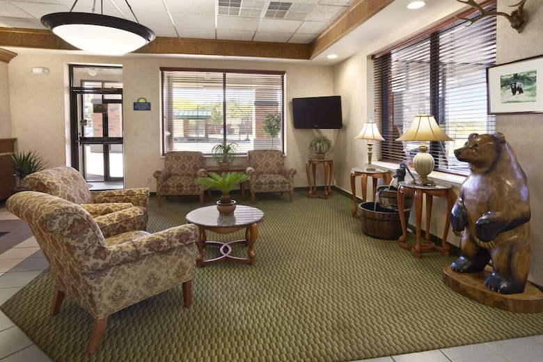 Days Inn Suites Trinidad Hotel Lobby In Colorado
