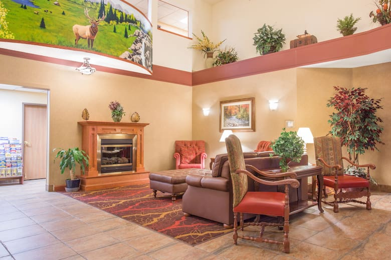 Days Inn Wellington Fort Collins Area Hotel Lobby In Colorado