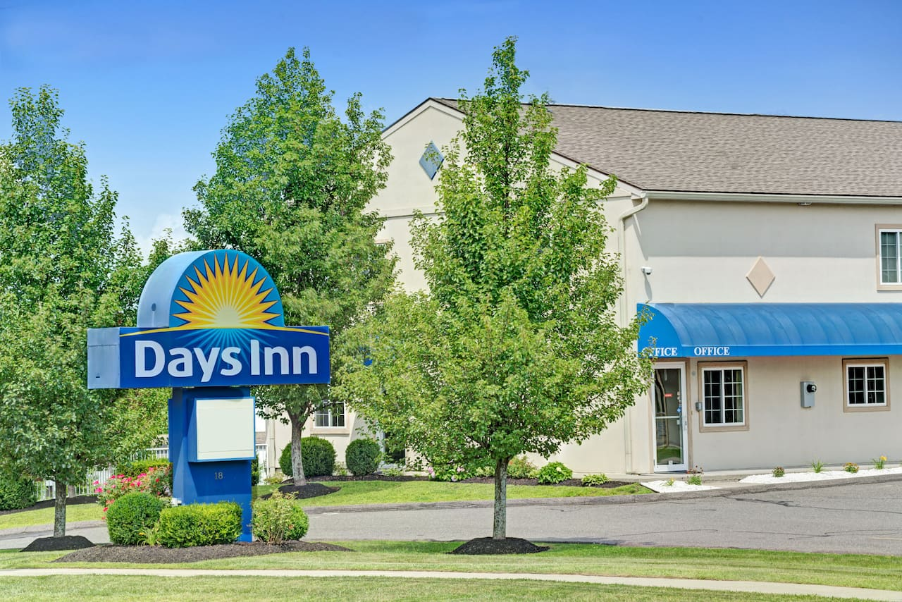 Days Inn Bethel - Danbury in  Milford,  Connecticut
