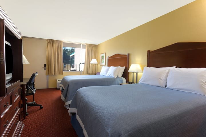 Guest room at the Days Inn Washington DC/Gateway in Washington, District Of Columbia