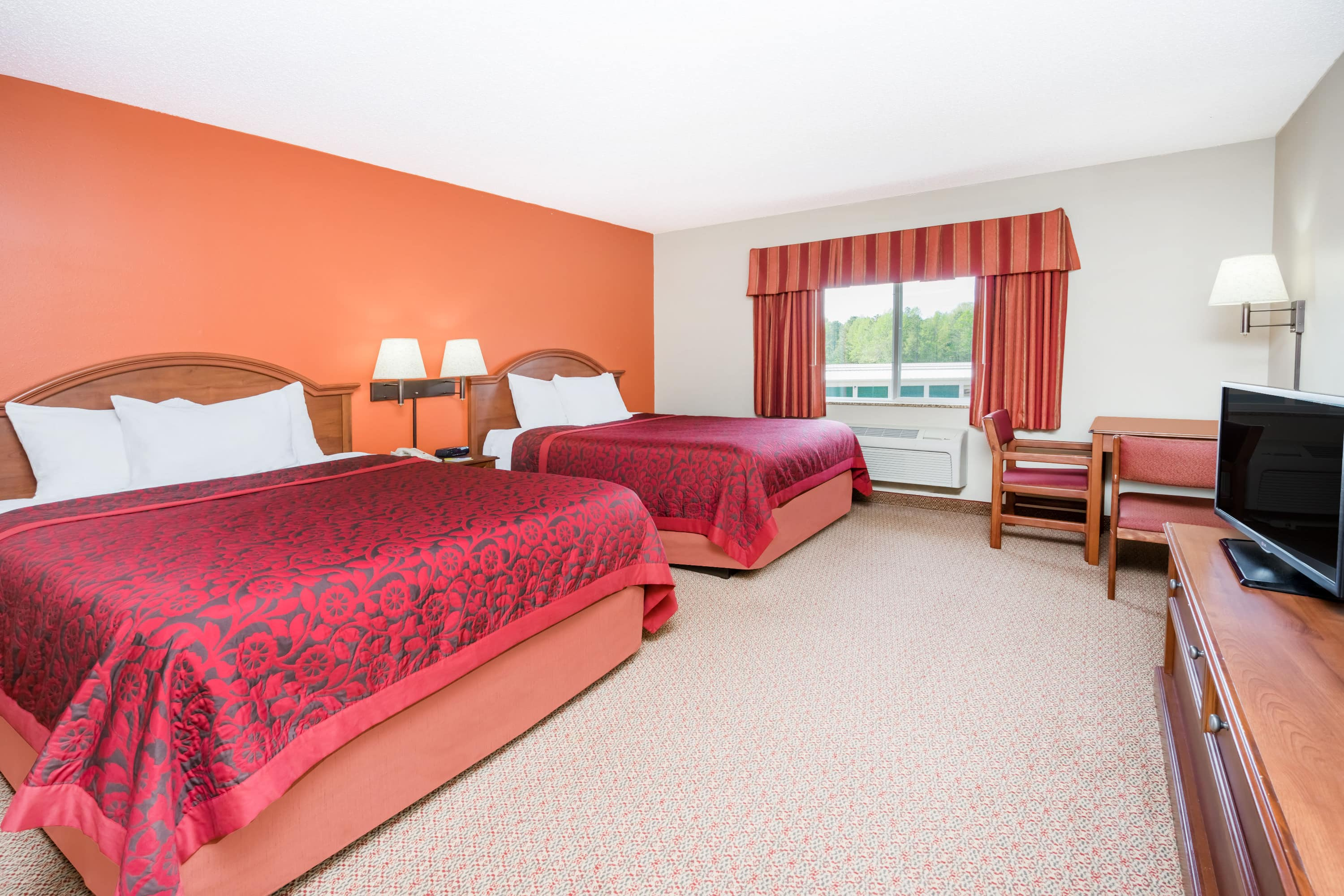 Guest room at the Days Inn & Suites Milford in Milford, Delaware