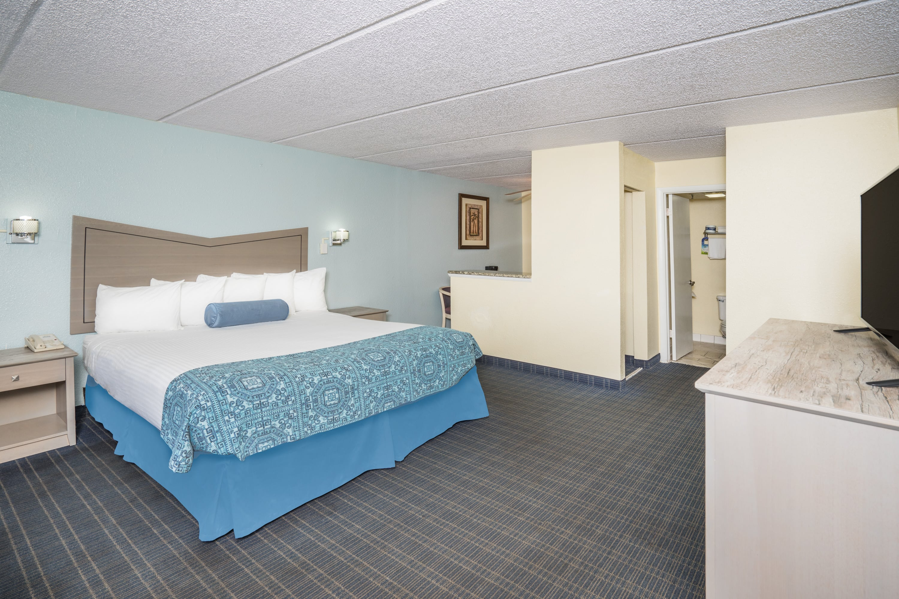 Guest room at the Days Inn & Suites Amelia Island At The Beach in Amelia Island, Florida