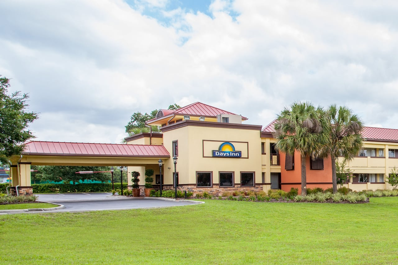 Days Inn Brooksville in Zephyrhills, Florida