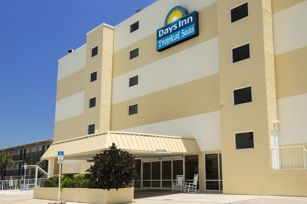 Days Inn Daytona Oceanfront in Daytona Beach, Florida