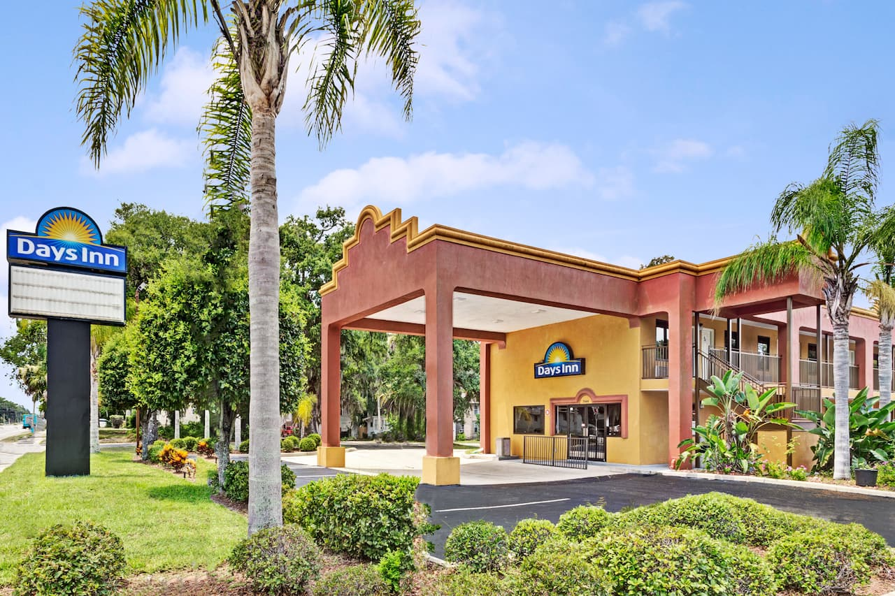Days Inn Daytona Beach Downtown in  Ormond Beach,  Florida