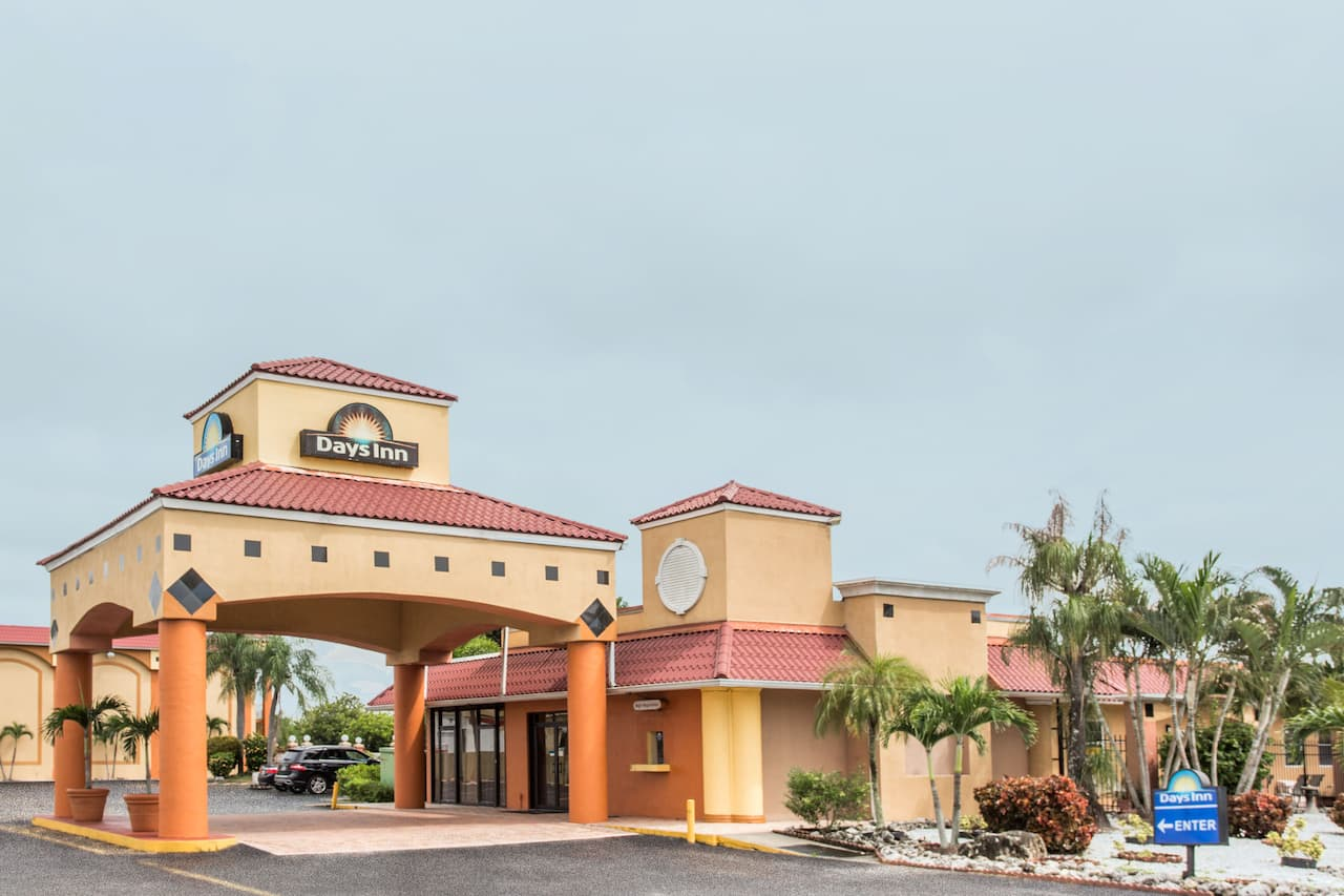 Days Inn Fort Myers in North Fort Myers, Florida
