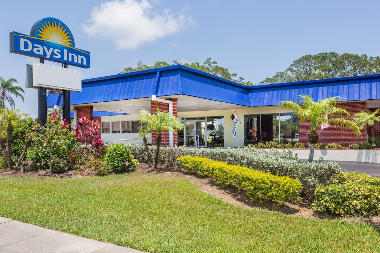 Days Inn Fort Myers Springs Resort in Fort Myers, Florida