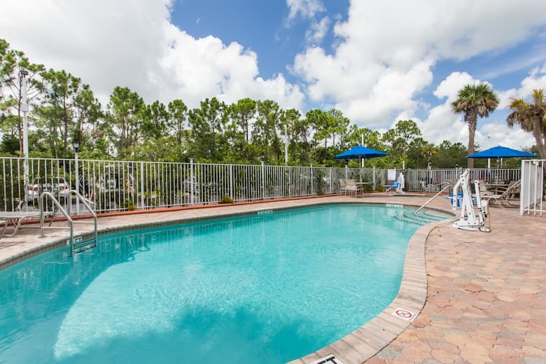 Pool At The Days Inn Suites By Wyndham Fort Pierce I 95 In Ft