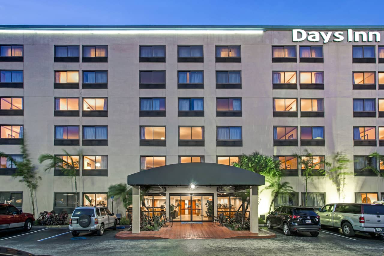 Days Inn Fort Lauderdale Hollywood/Airport South in Miami Beach, Florida