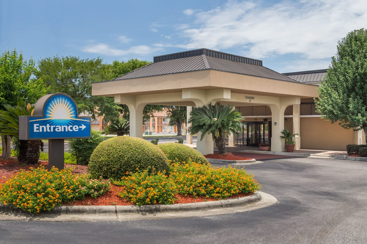 Days Inn Marianna in  Chipley,  Florida