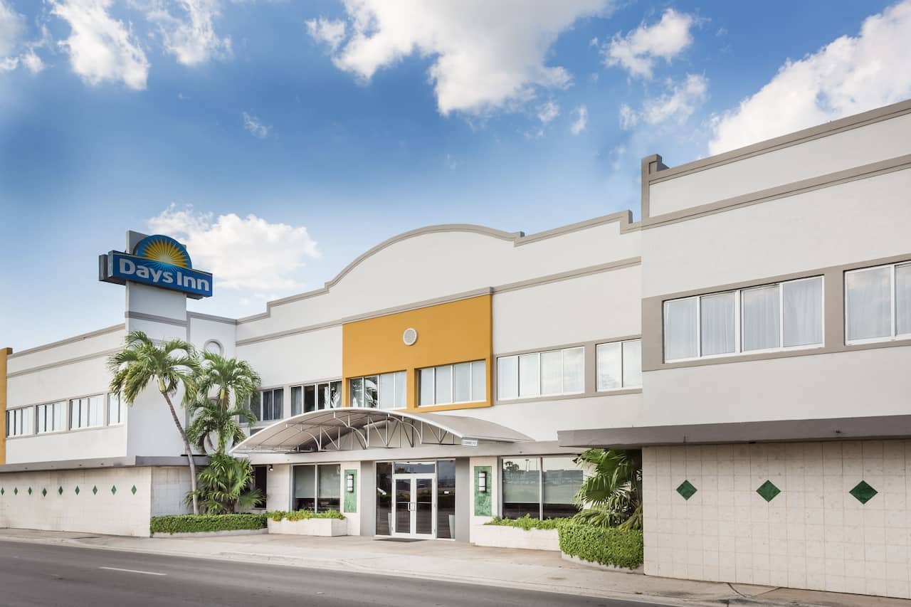 Days Inn Miami Airport North in Sunny Isles Beach, Florida