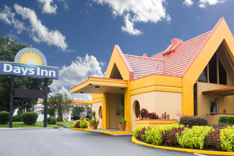 Days Inn By Wyndham Ocala North Ocala Fl Hotels