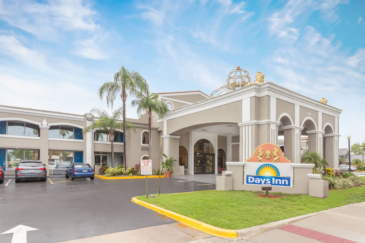 Days Inn Orlando/International Drive in Altamonte Springs, Florida
