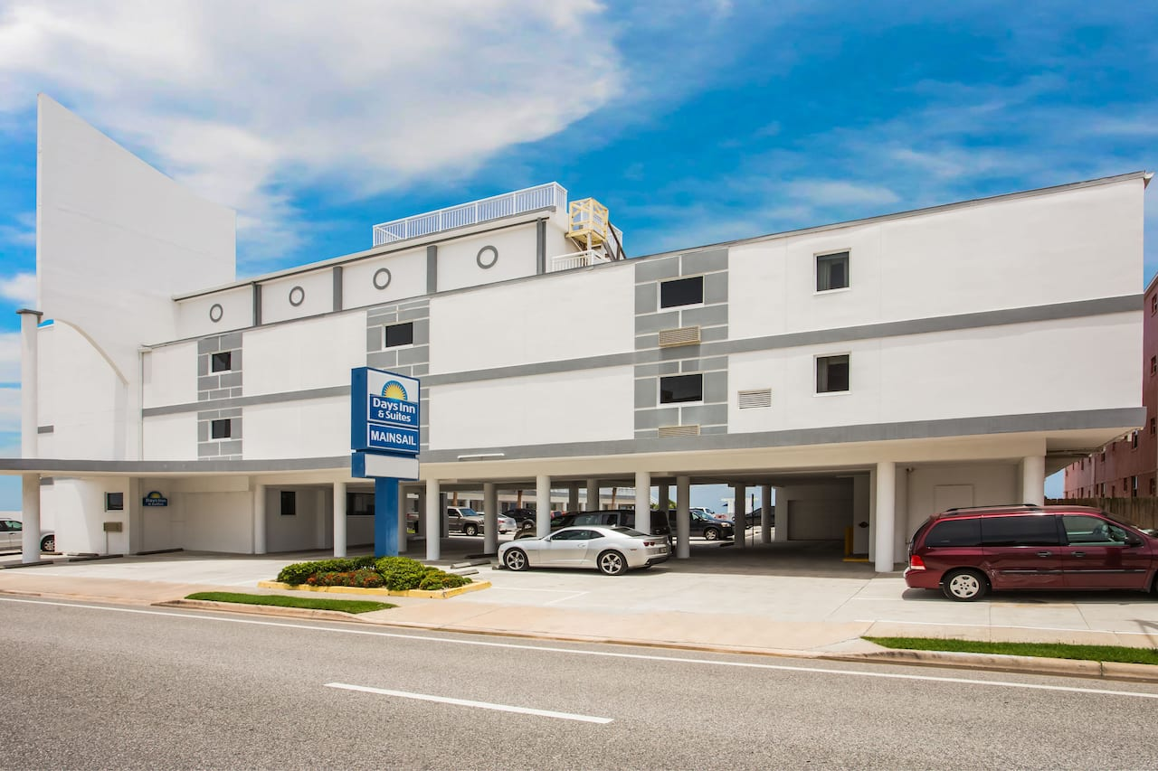 Days Inn Ormond Beach Mainsail Oceanfront in Palm Coast, Florida