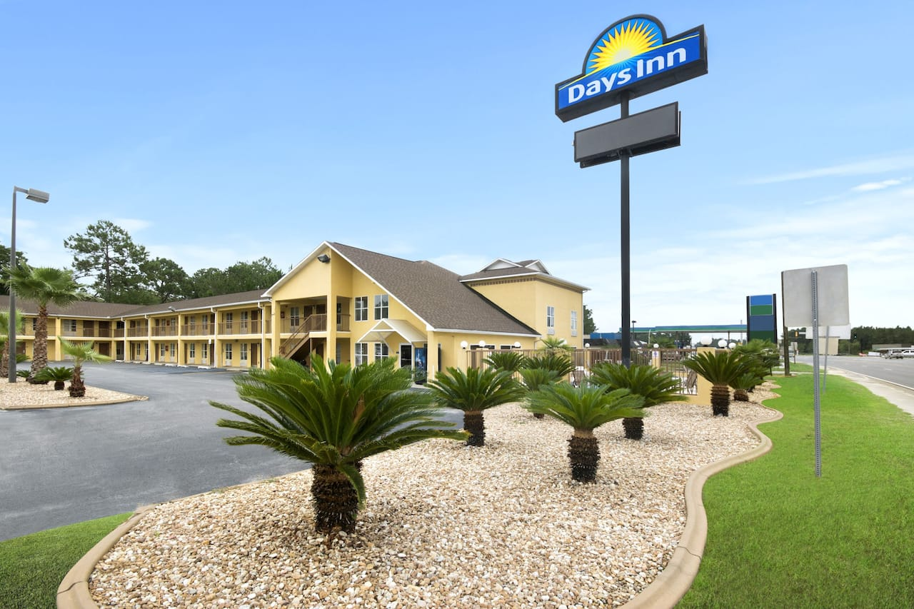 Days Inn Alma in Alma, Georgia