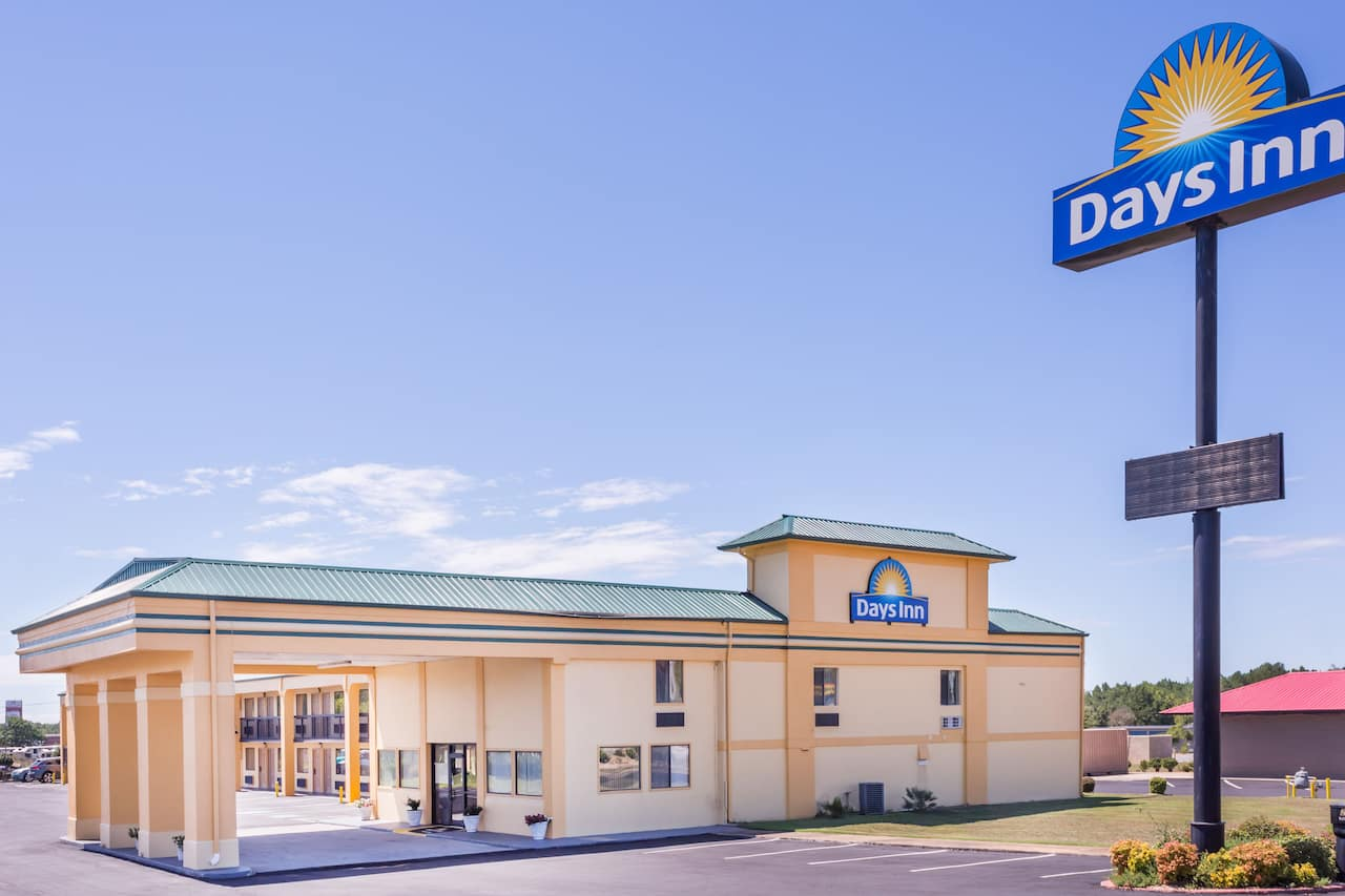 Days Inn Byron in Warner Robins, Georgia