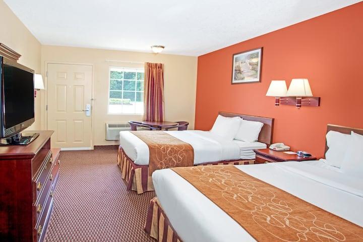 Guest room at the Days Inn Canton in Canton, Georgia