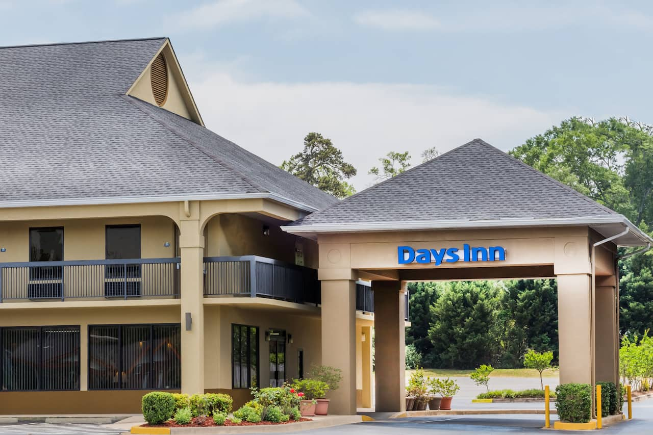 Days Inn Elberton in Royston, Georgia