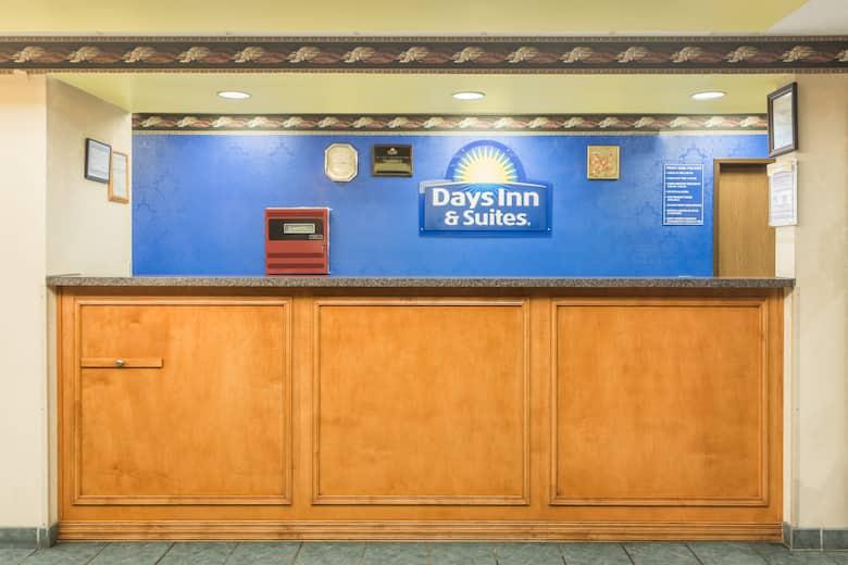 Days Inn Jesup Hotel Lobby In Georgia