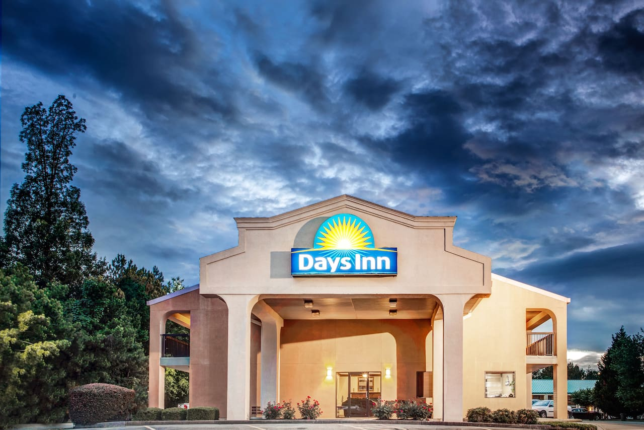 Days Inn Kennesaw In Canton Georgia