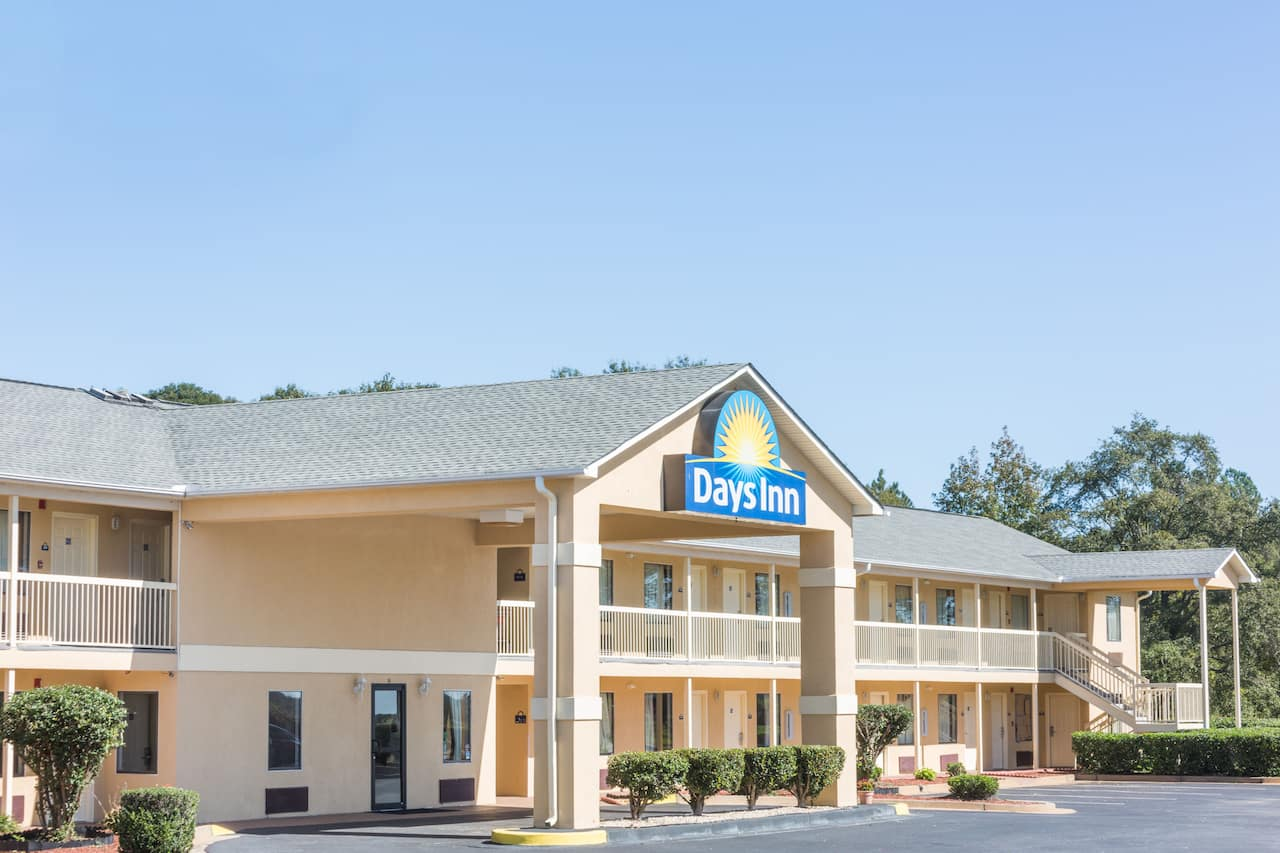 Days Inn Royston in Elberton, Georgia