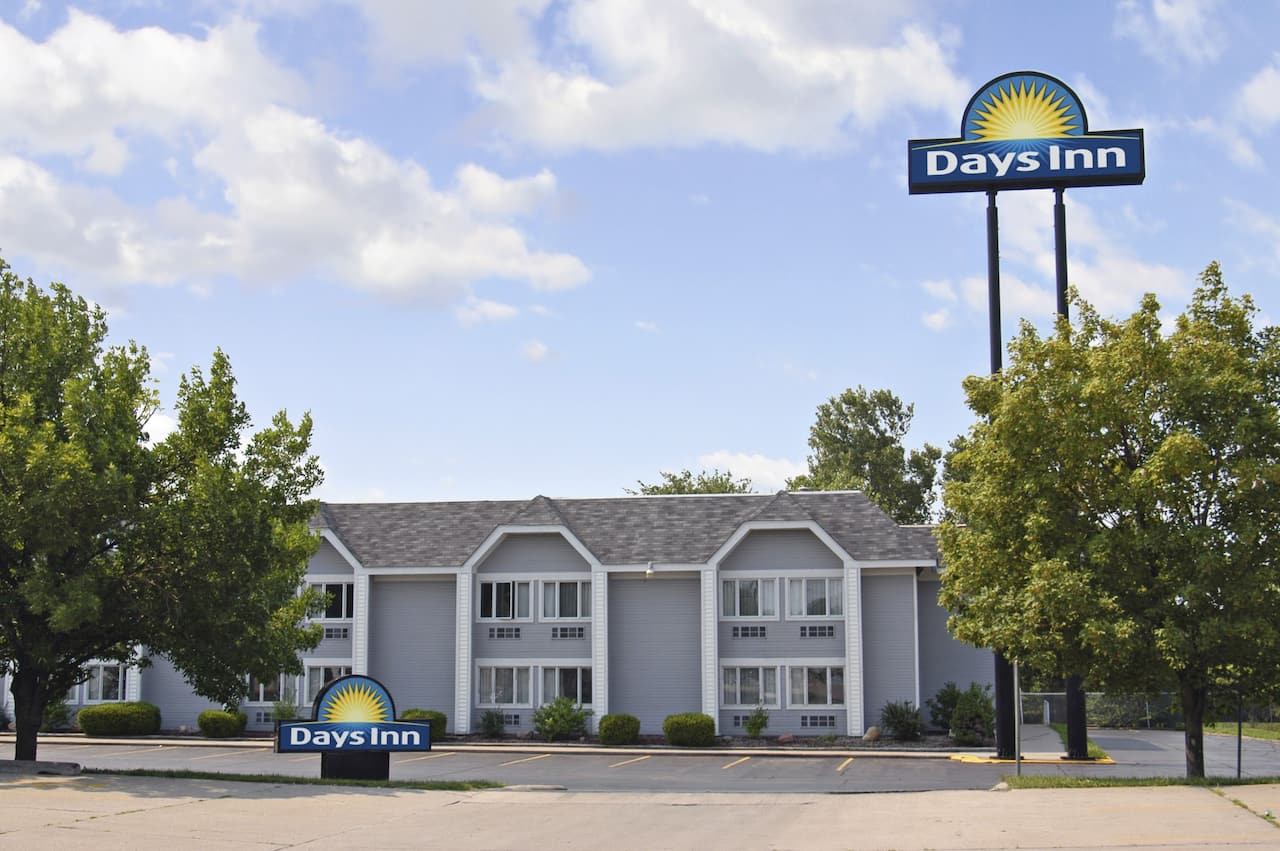 Days Inn Council Bluffs/9th Ave in Omaha, Nebraska