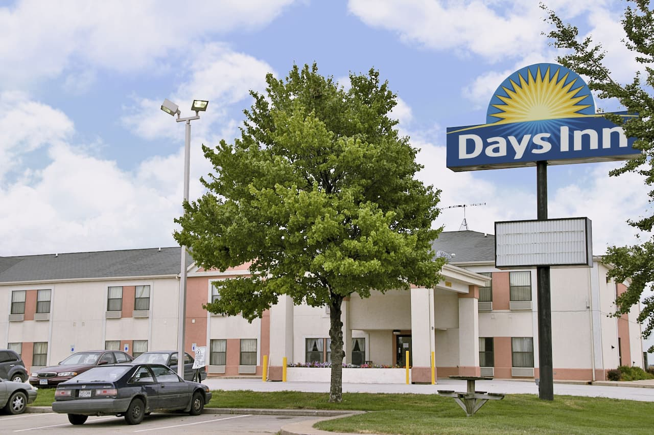 Days Inn Walcott Davenport in Walcott, Iowa