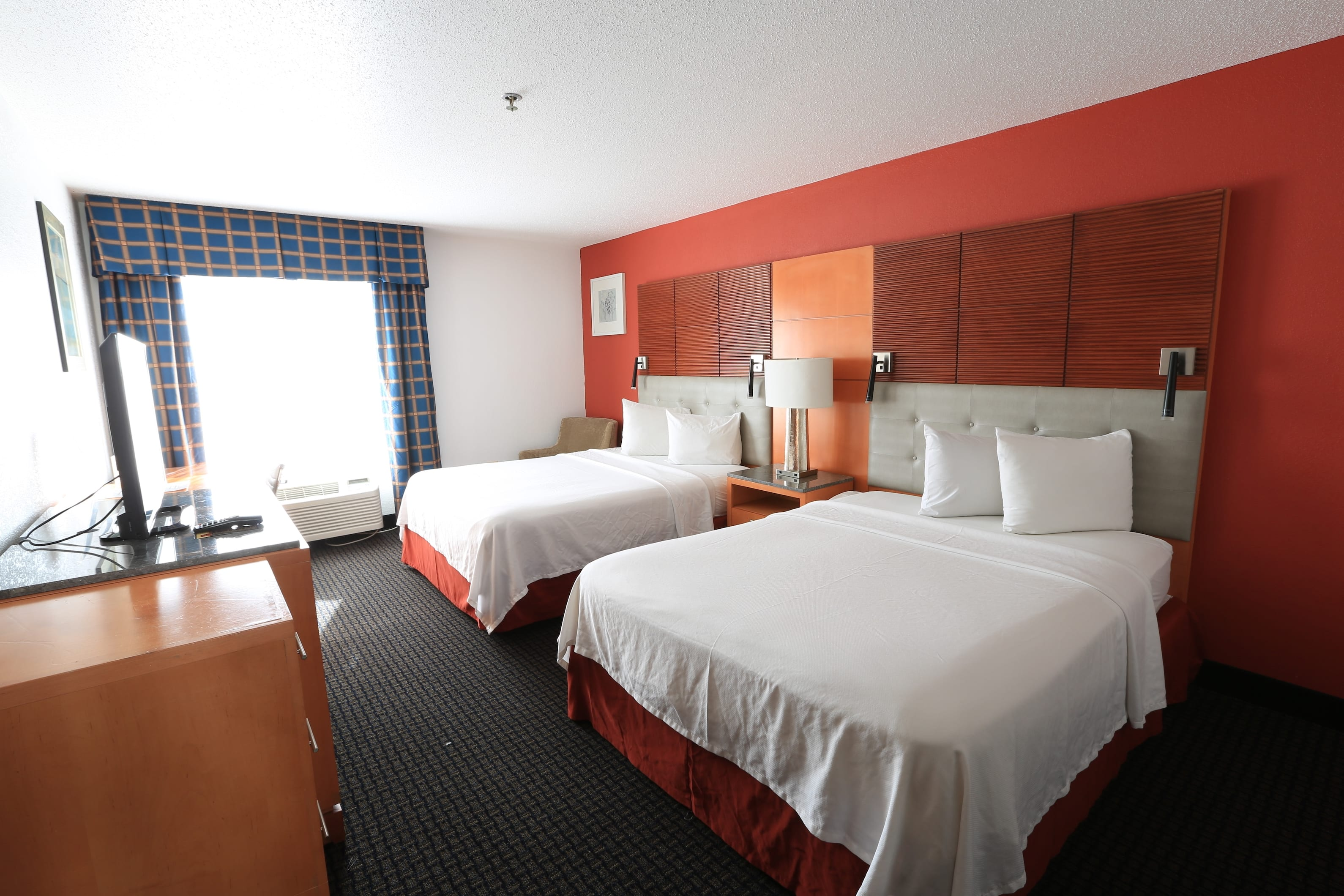 Guest room at the Days Inn by Wyndham Calumet Park in Calumet Park, Illinois