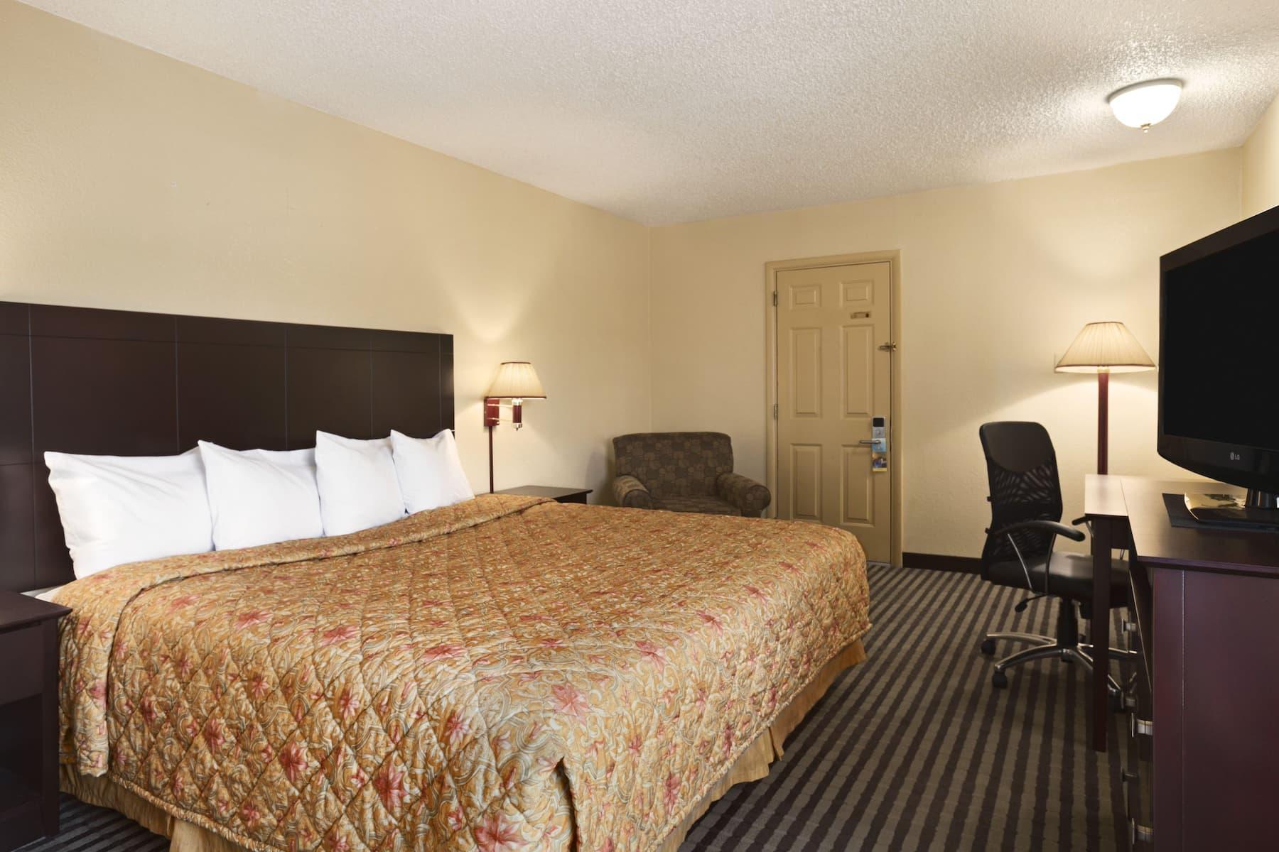Days Inn By Wyndham Champaign Urbana Champaign Il Hotels