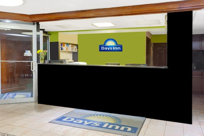 Days Inn by Wyndham Elk Grove Village O\'Hare Airport West | Elk ...