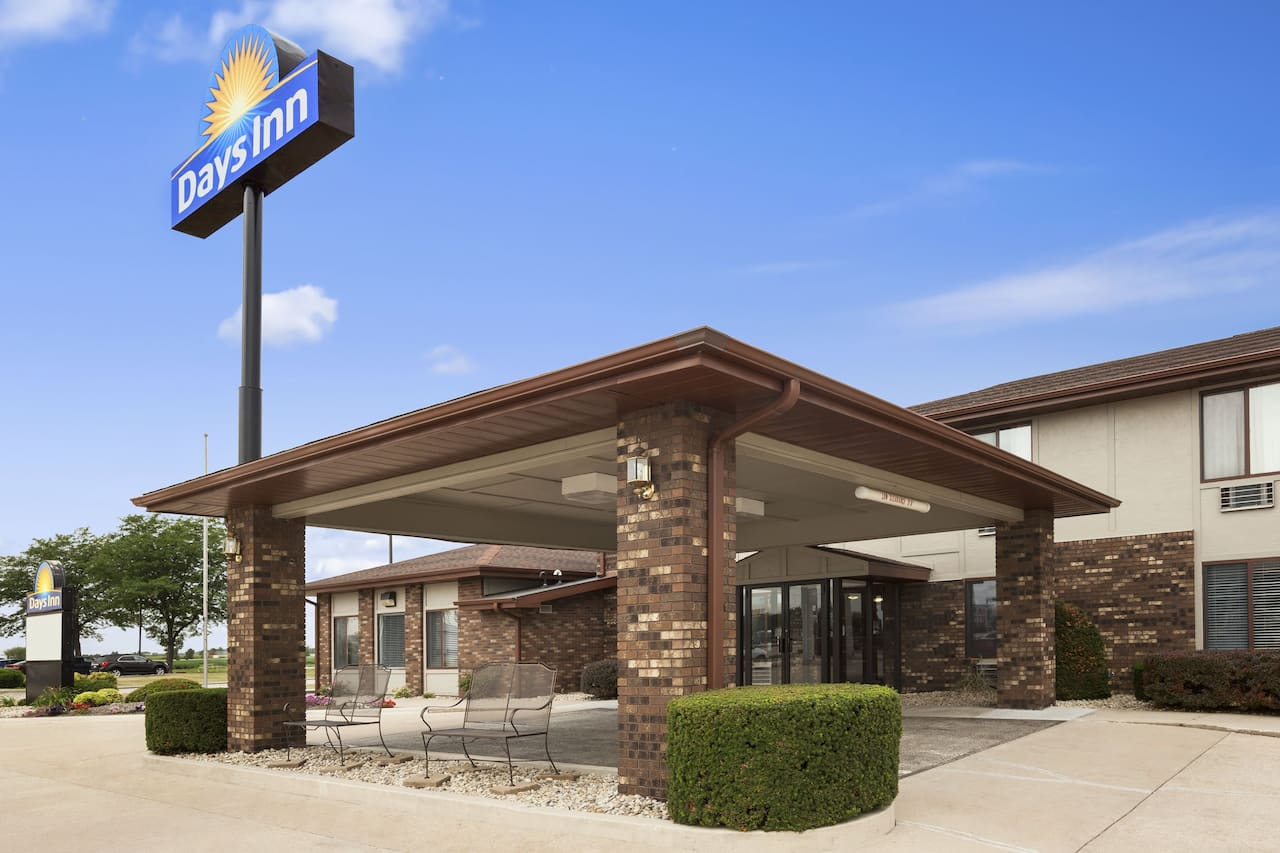 Days Inn Oglesby/ Starved Rock in Princeton, Illinois