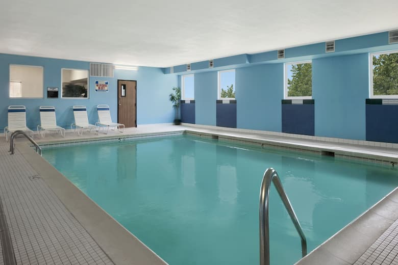 Pool At The Days Inn Suites By Wyndham Romeoville In Illinois