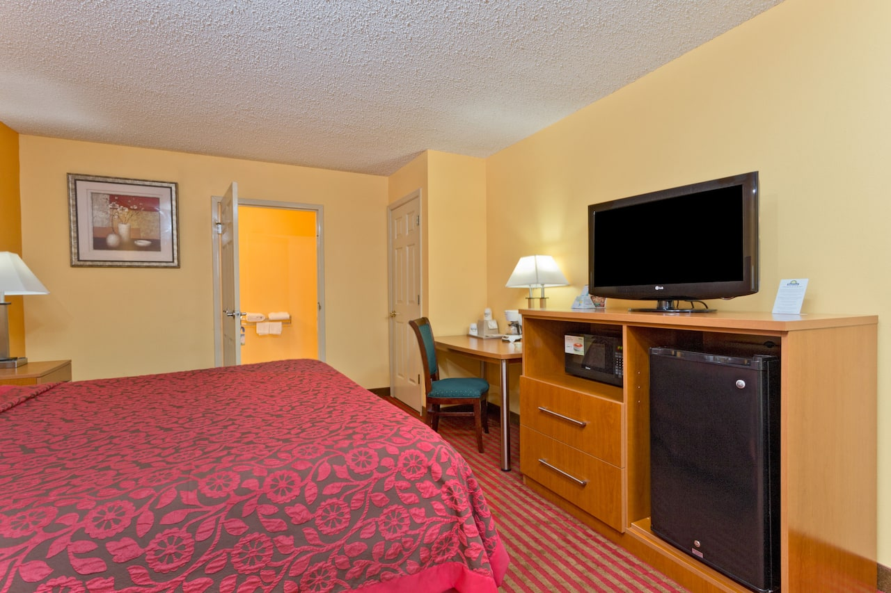 at the Days Inn Franklin in Franklin, Kentucky