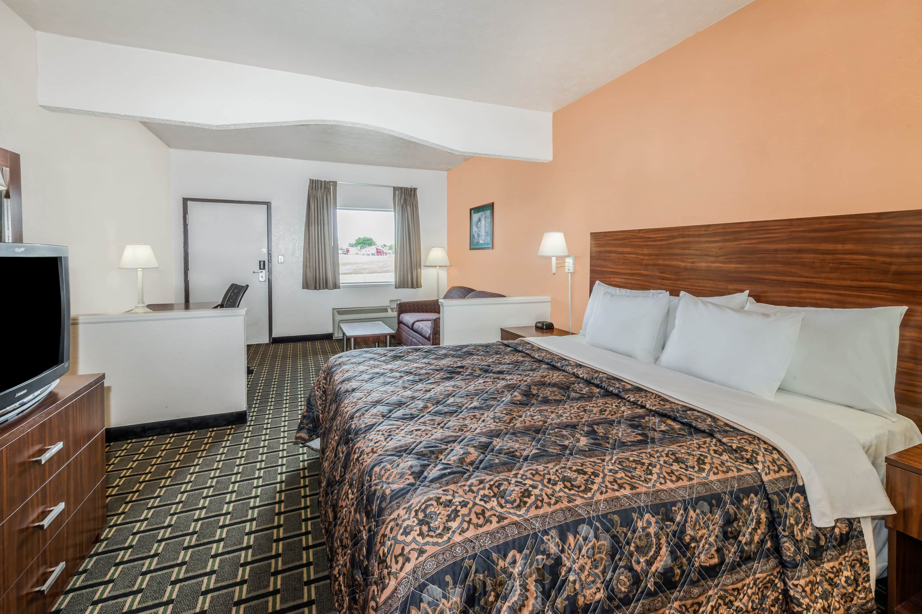 Guest room at the Days Inn Georgetown-North Of Lexington in Georgetown, Kentucky