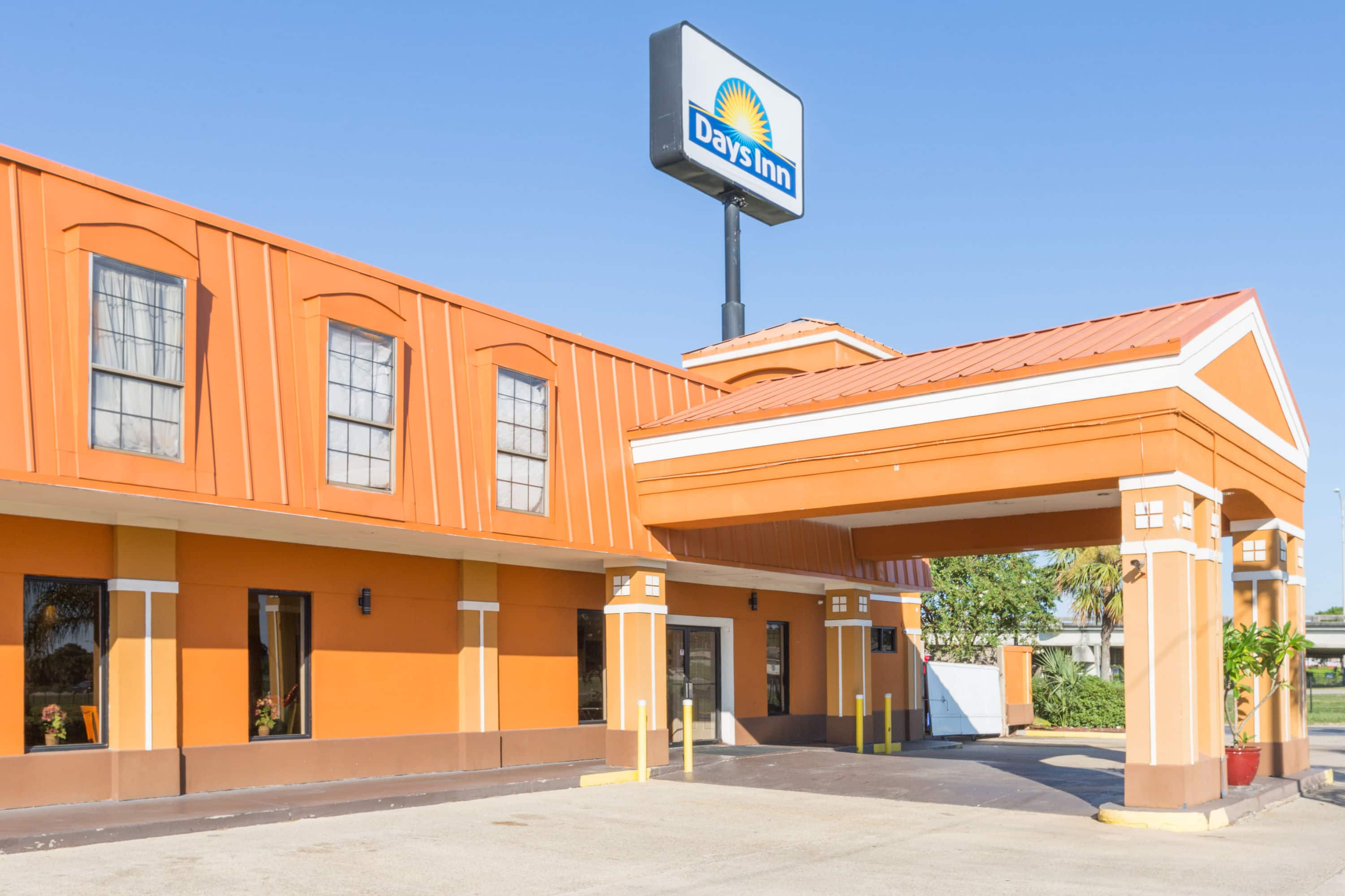 New Orleans Hotels >> Days Inn By Wyndham New Orleans New Orleans La Hotels