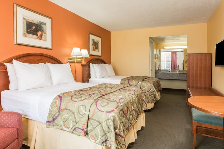 Guest room at the Days Inn New Orleans in New Orleans, Louisiana