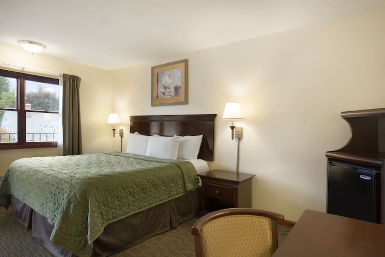 Guest Room At The Days Inn By Wyndham Great Barrington In Machusetts
