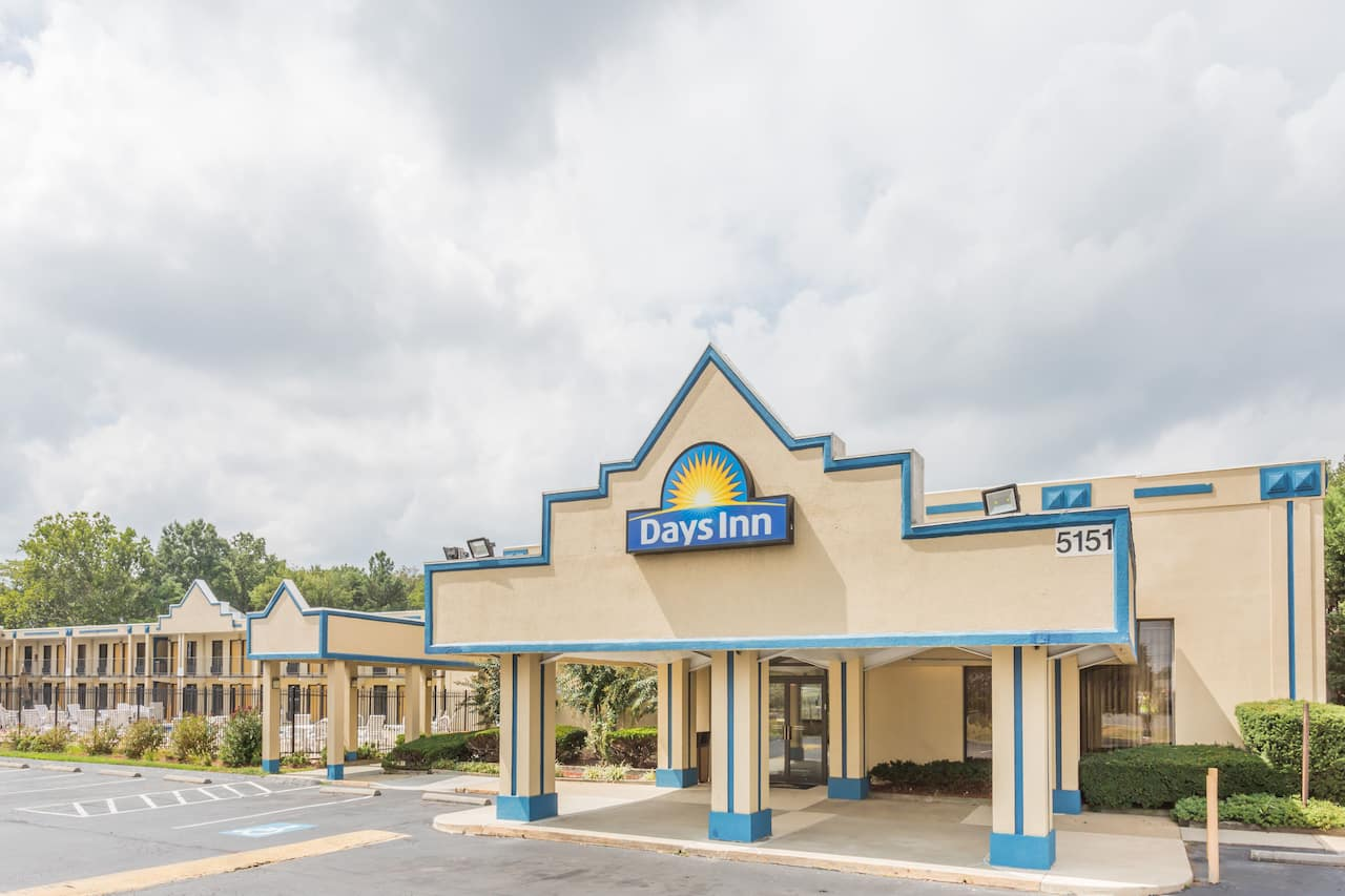 Days Inn Camp Springs Andrews AFB in Alexandria, Virginia