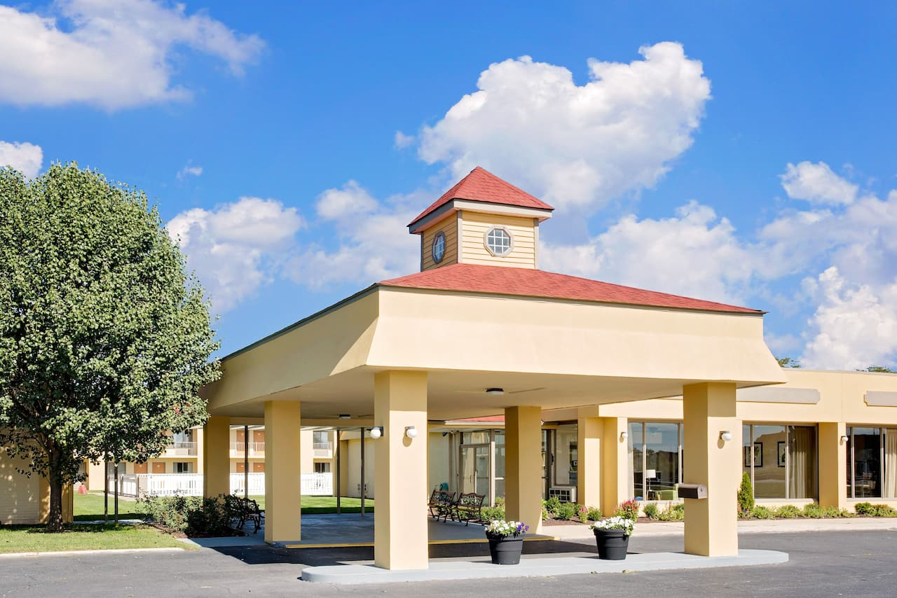 Days Inn Easton in  Easton,  Maryland
