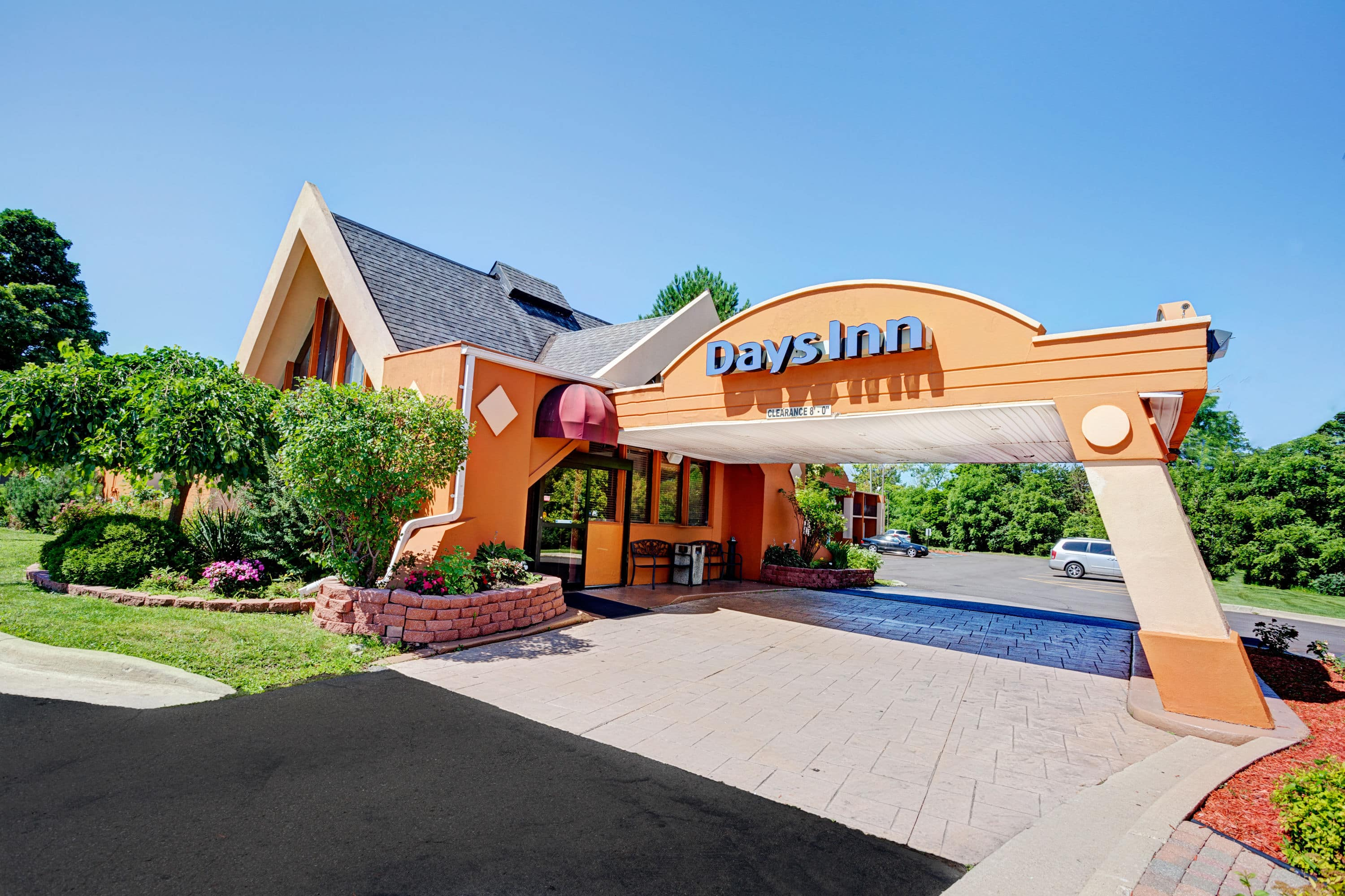 Latest Exterior Of Days Inn Ann Arbor Hotel In Michigan With Hotels Near Chelsea Mi
