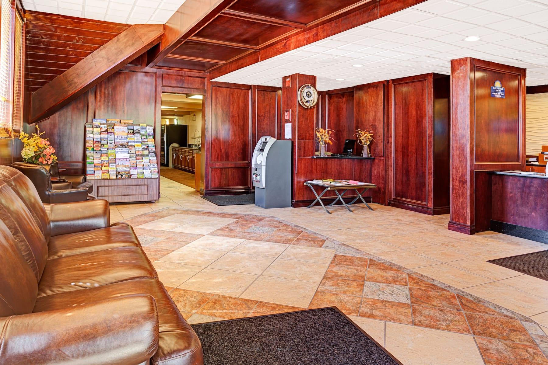 Days Inn By Wyndham Ann Arbor Ann Arbor Mi Hotels