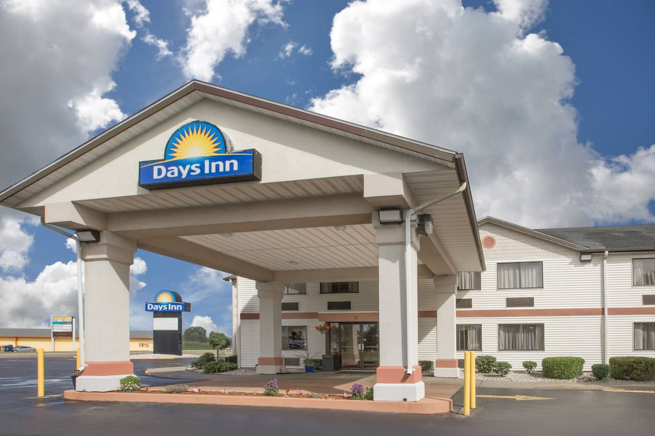 Days Inn Hillsdale in  Hillsdale,  Michigan