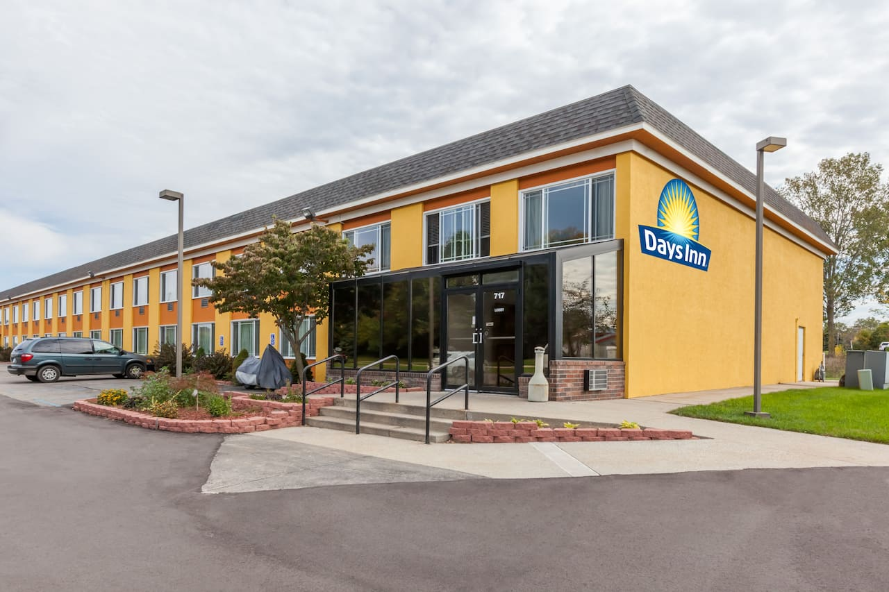 Days Inn Holland in Hudsonville, Michigan