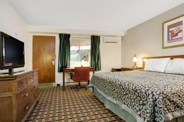 Guest room at the Days Inn St. Paul-Minneapolis-Midway in Saint Paul, Minnesota